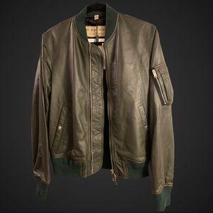 🗣🗣NWT Burberry Motorcycle Jacket 🗣🗣